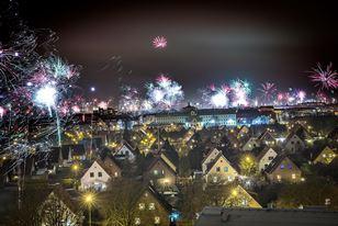 Malmö ao longe durante a passagem de ano